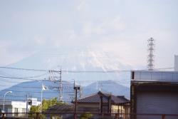 富士山も雪